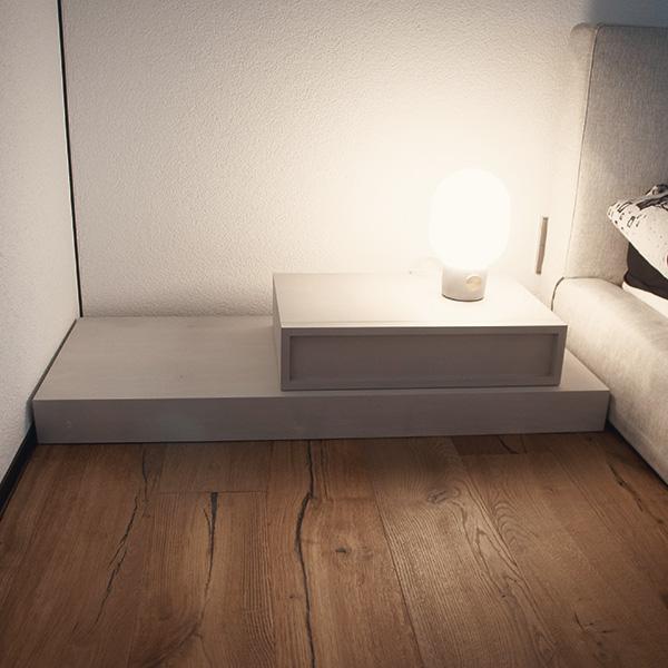 Nachttisch