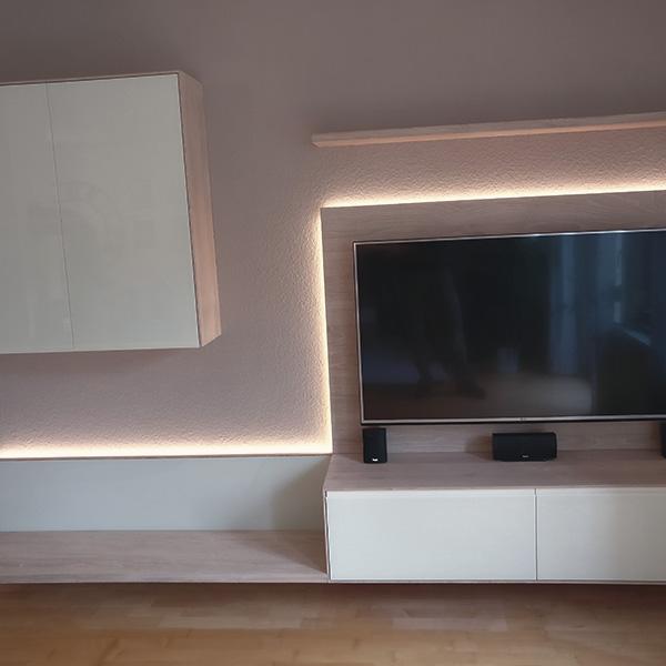 Wohnzimmer - Ensemble in weiß geölter Eiche und weiß lackiertem Glas