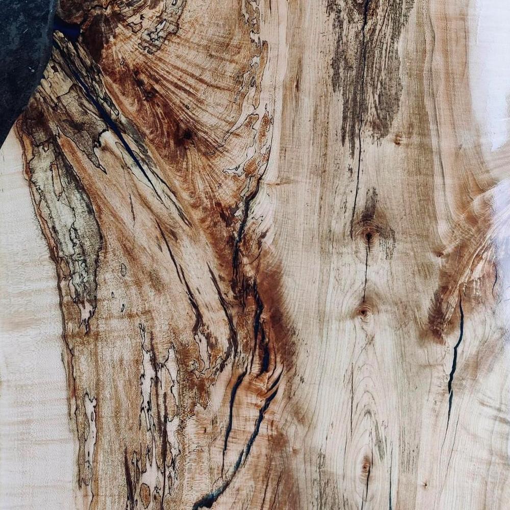 Holztischplatte, die altern kann